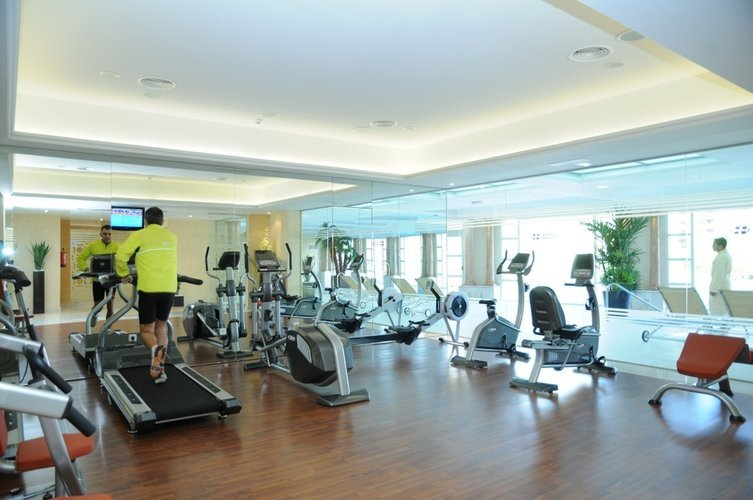 Fitness center hotel beatriz toledo auditórium & spa